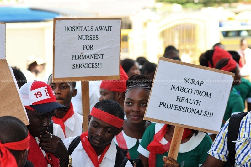 Jobless nurses picket at Ministry of Health today