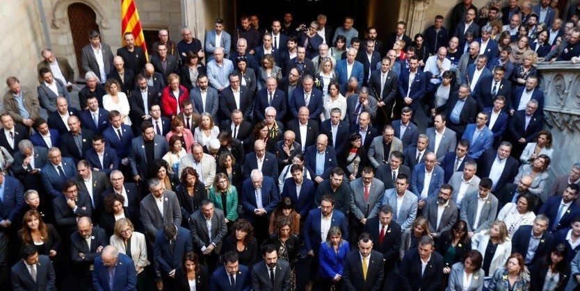 Catalonia's mayors call for self-determination before protest march