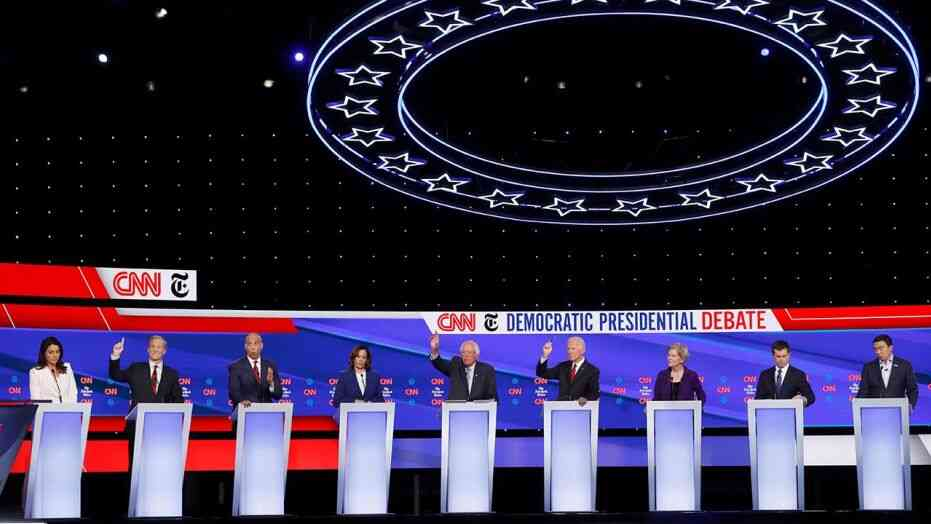 Democratic National Committee ups qualifying criteria for pre-Christmas debate in California