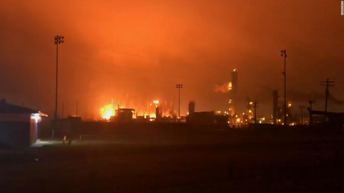 Political News: A chemical plant blast has injured 3 and caused extensive damage to a Texas city as fire continues to burn – CNN