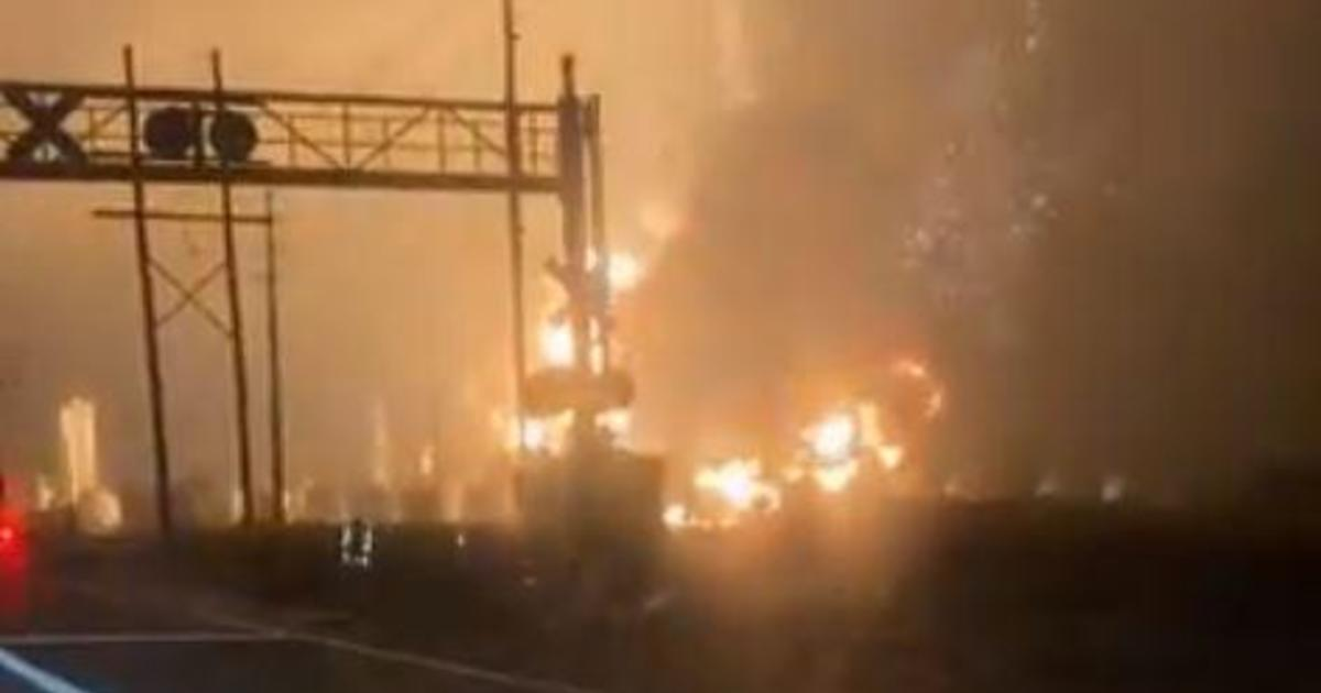 Political News: Port Neches explosions: 60,000 people forced to evacuate after explosions at Texas chemical plant – CBS News