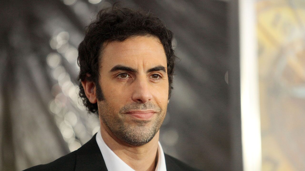 Fox News Today: Sacha Baron Cohen is ripped and shirtless in new video from wife Isla Fisher