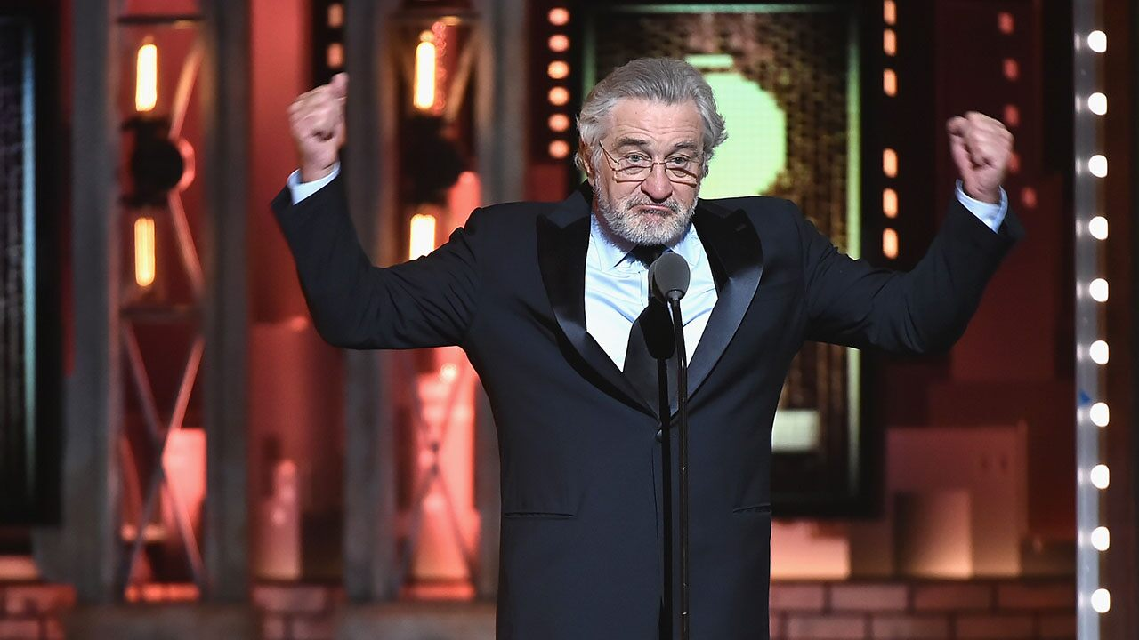 Fox News Today: Robert De Niro wants Trump to get a bag of this thrown in his face