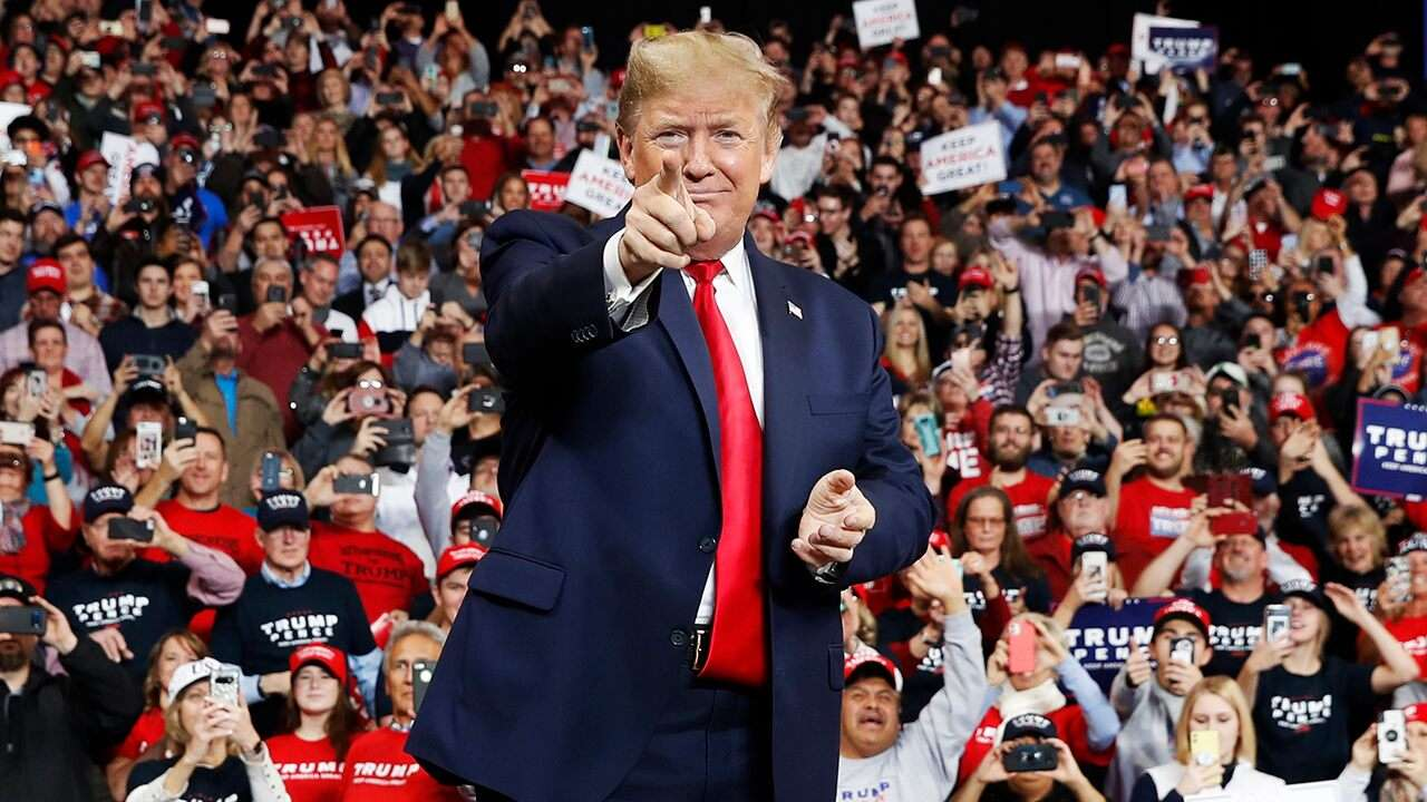 trump-takes-the-stage-at-iowa-rally-ahead-of-key-impeachment-action,-first-in-the-nation-caucuses