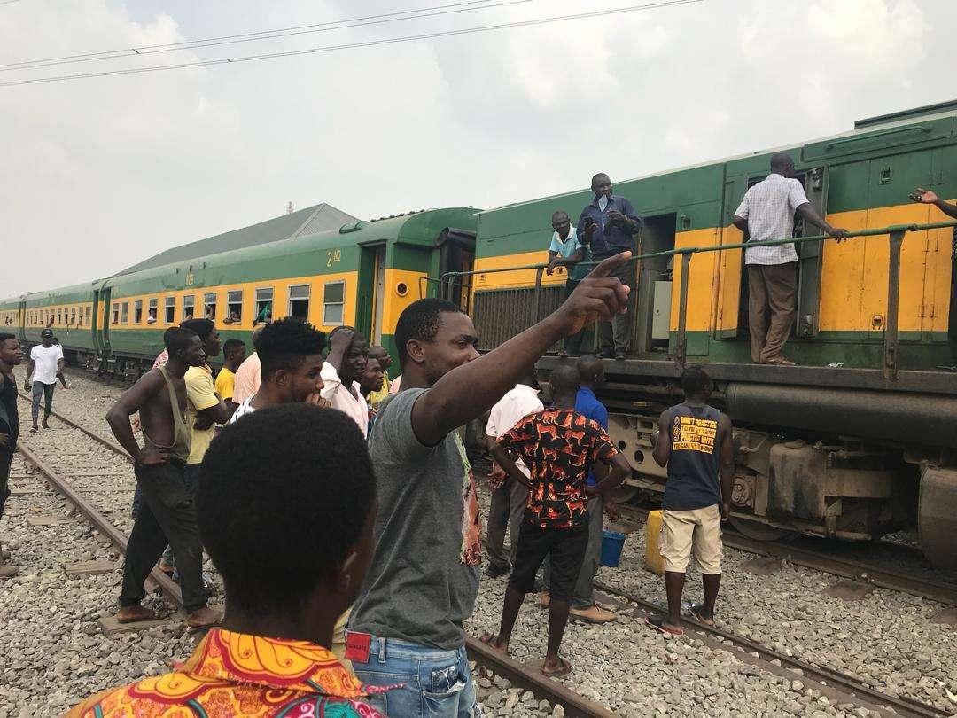 tarkwa-train-breaks-down,-leaves-passengers-stranded