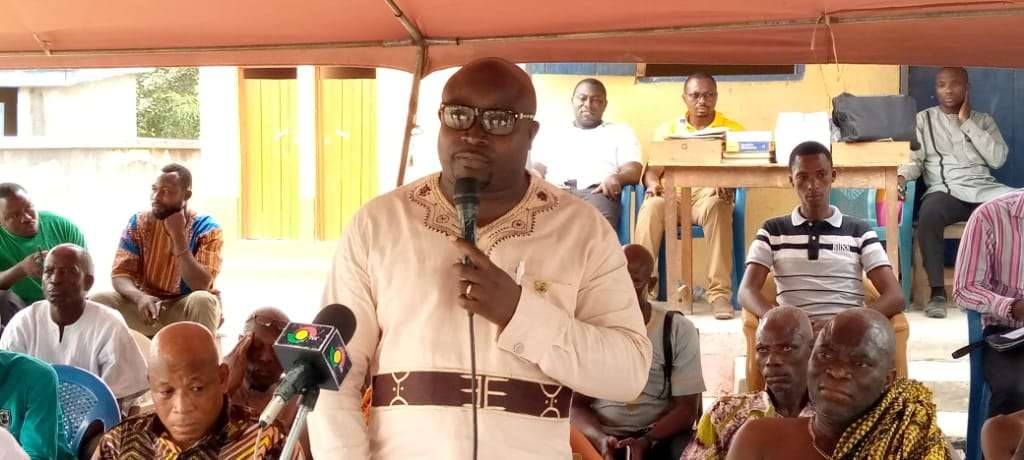 V/R: MCE commissions classroom blocks for Nogokpo, SPACO and others