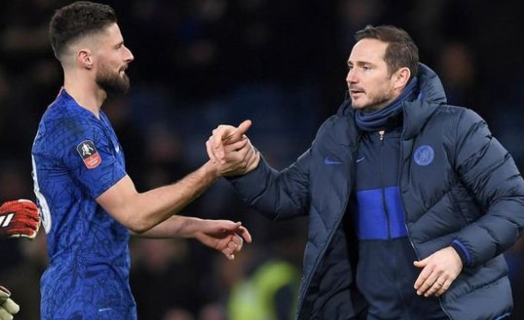 """Chelsea """"back under fire Frank Lampard"""" and will offer Olivier Giroud a new contract"""