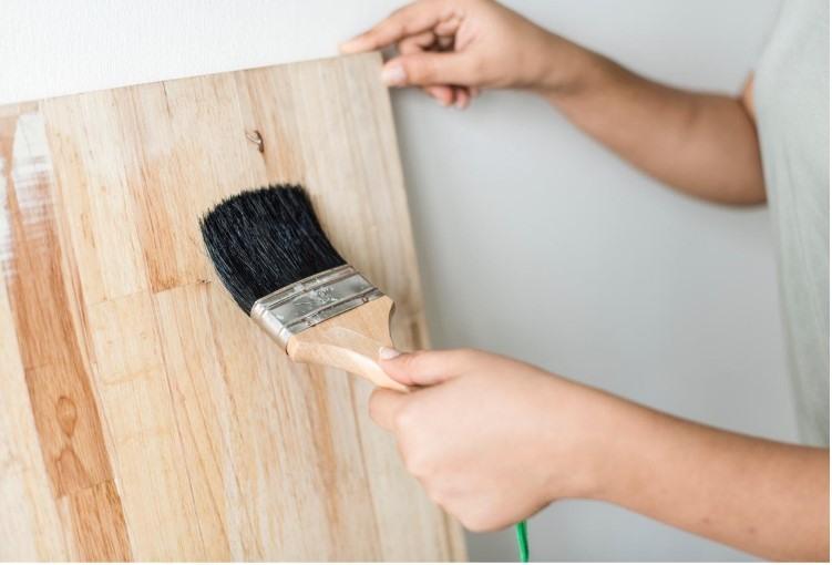 Choosing Paintfor wood work