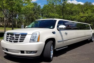 3 Effective Tips to Ensure a Safe Trip from a Limo Service