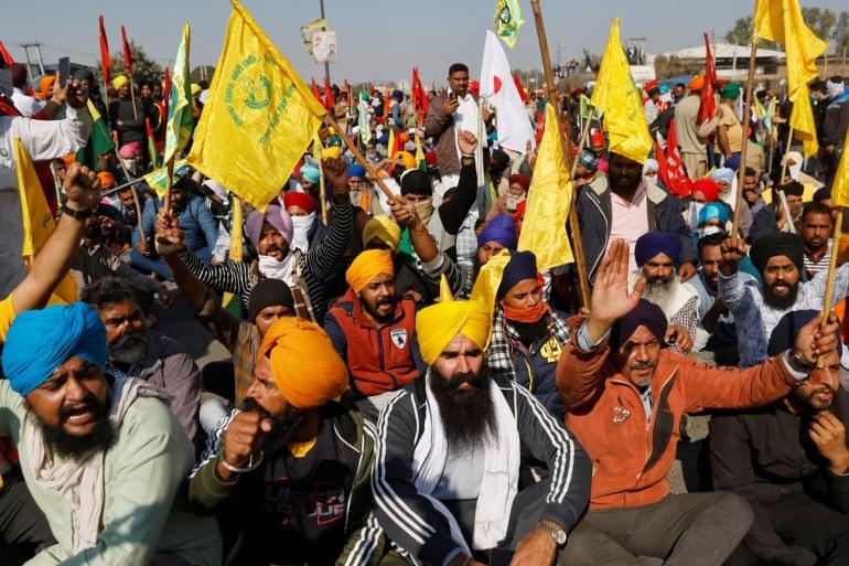 Farmers to burn farm law copies as 'Holika Dahan' - Emerging Farmers Protest Looms