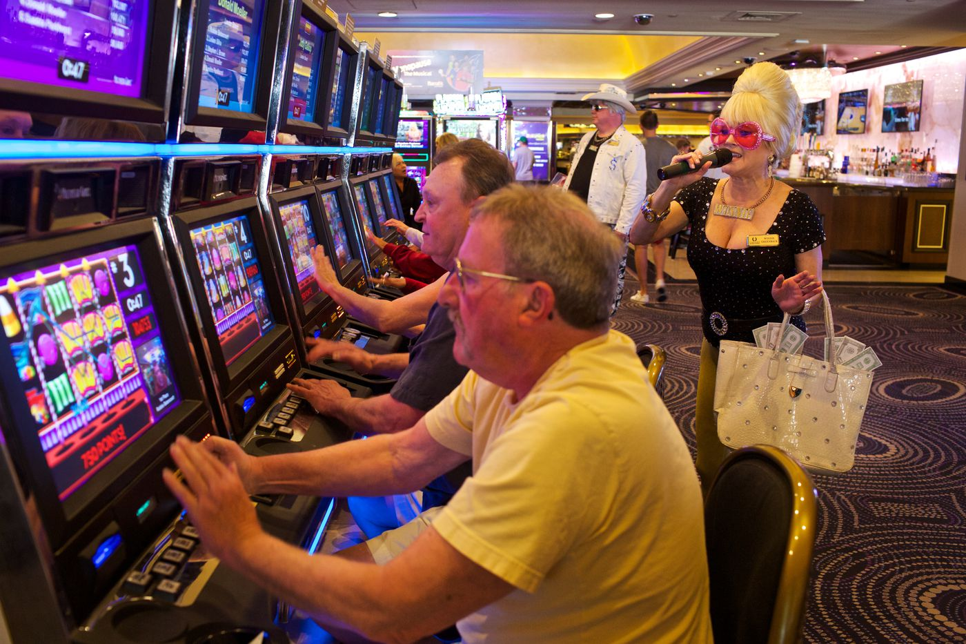 Slot Machines: Are They Different Online?