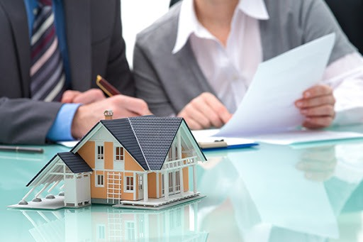 Proper Planning: 3 Key Things to Look for in an Estate Planning Lawyer