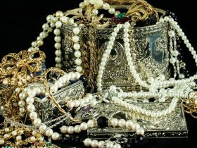 How to Sell Jewelry for Some Extra Cash