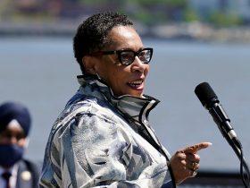 Housing and Urban Development Secretary Marcia Fudge violated Hatch Act, government watchdog says