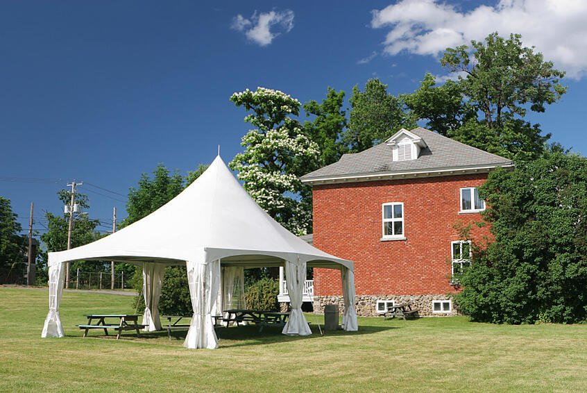 Pop Up Tent – The Best Fabric Used For The Products