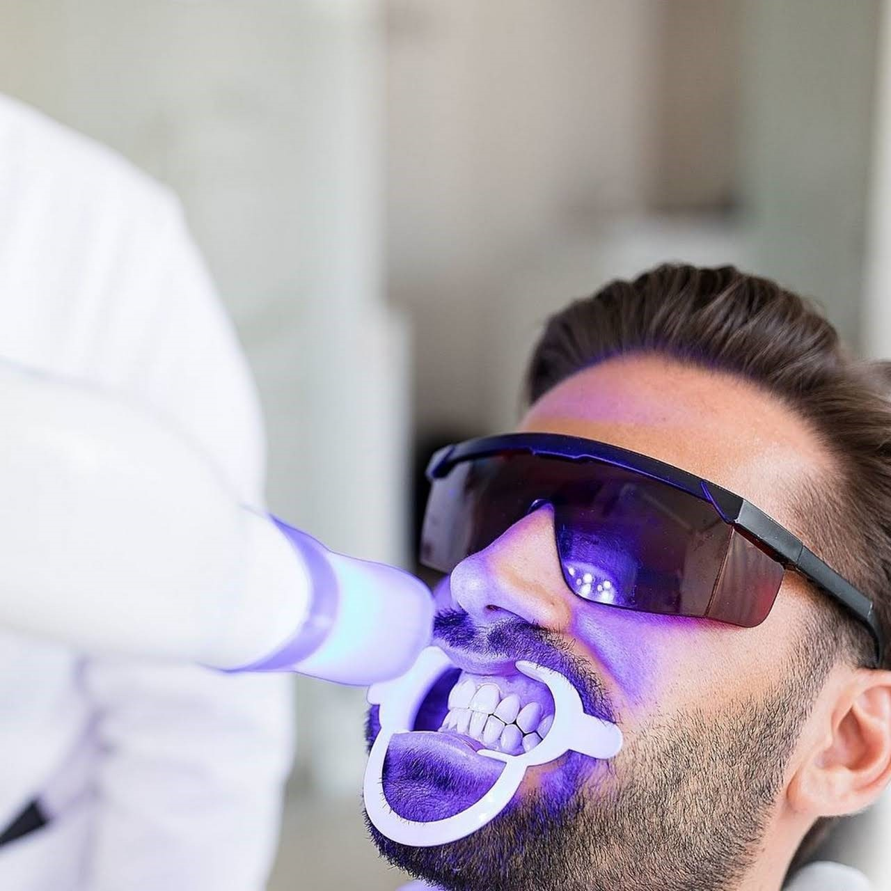 Reduce The Chance Of Dangerous Disease When someone encounters issues in their gum, it is all due to bacteria and germs inside the mouth, which lead to entering the bloodstream. After which, it releases the protein and thickens the blood. This