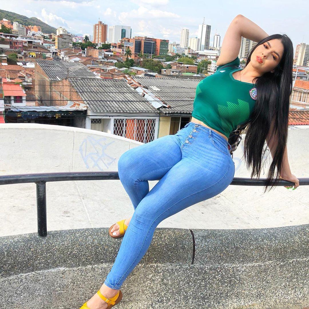 Giselle Montes Wiki: Bio, Boyfriend, Instagram, Net Worth, Videos and Contacts