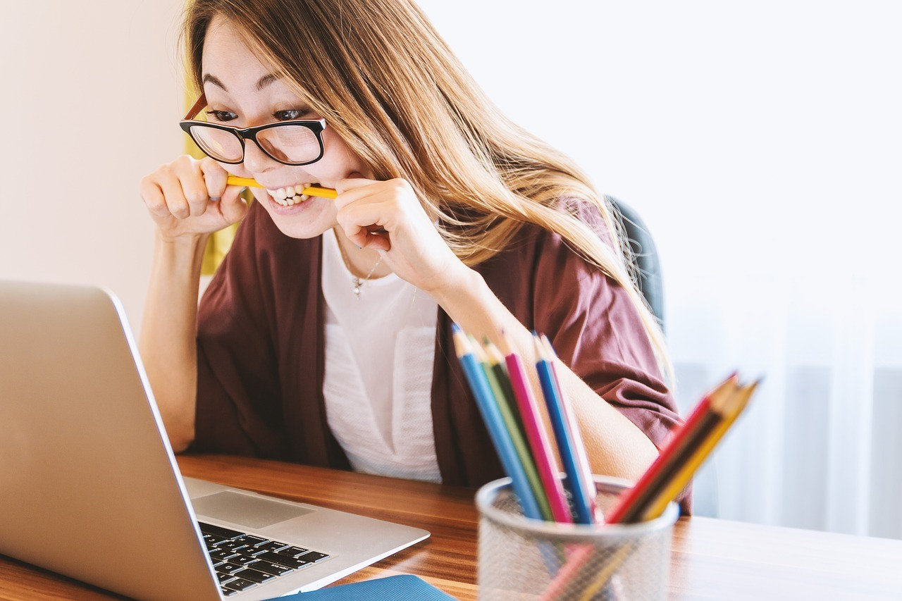 Many scholarships, especially larger scholarships, are hotly contested. Simply applying often isn't enough to win a bursary/grant. Your student's application must be carefully crafted and finely polished.