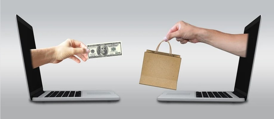 Safe Internet Shopping: How to Minimize the Risks When Buying Online