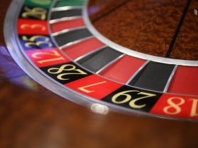 A game of online roulette tends to be a lot quicker than a game of roulette in a land based casino.