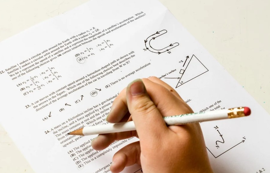 Easy Tips to Make Your Preparation Journey Easy for Class 12 Physics Exam