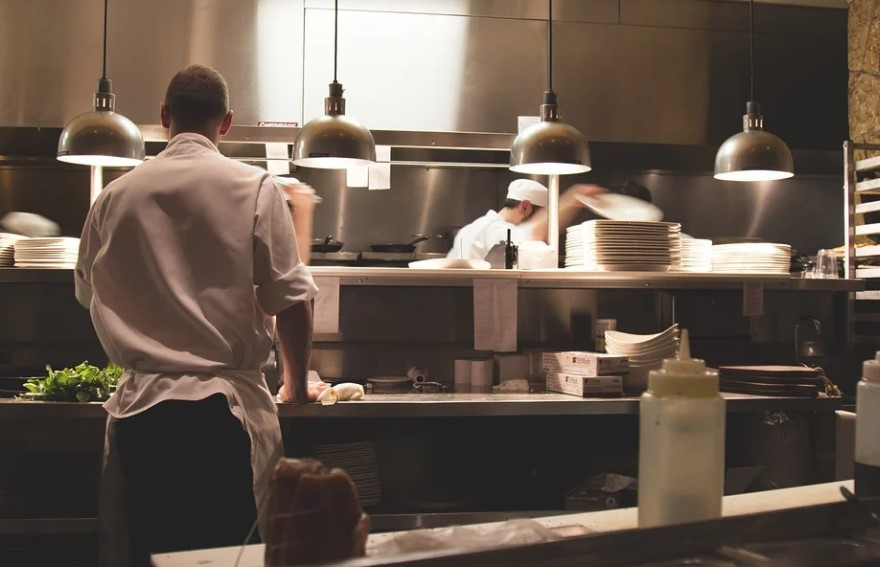 To get Easy Funding for Your Restaurant, Alternative Funding is the Best Option