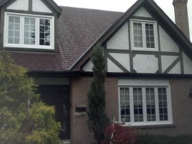Comparing Vinyl Window Replacement Barrie with Fiberglass