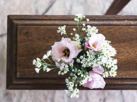 4 Benefits of Hiring Funeral Directors to the Bereaved