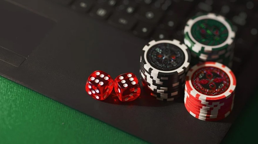 Here's How To Save Money When Withdrawing From Online Casino