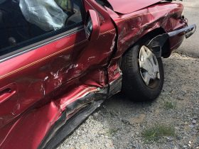 Car Accident Attorneys: 4 Tips on How to Choose the Right One for Your Case